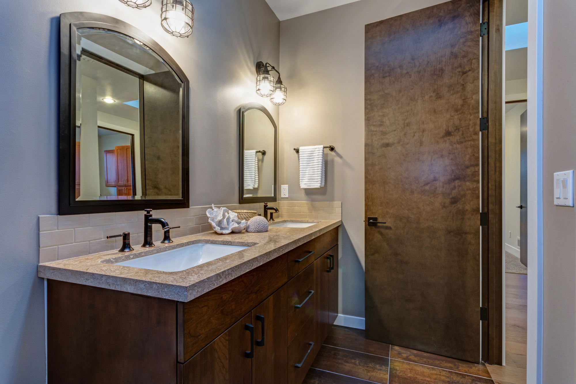 Cool Ideas for your Bathroom Lighting